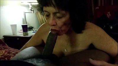 Granny sucks a BBC - 2 min