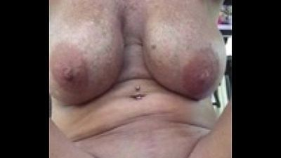 loose gilf pussy From LOCALMILF.INFO - 48 sec