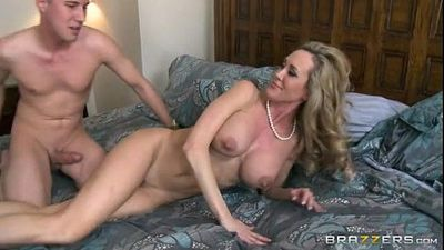 Stepmom Brandi Love (full hd on HDpornbase.com) - 2 min