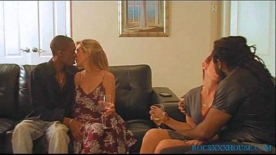 Rocney and The Bandit Meets 2 slutty MILFs - 5 min