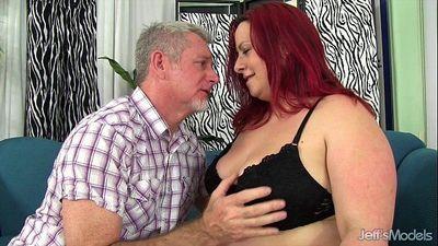 Redhead plumper Phoenix Redd hardcore sex - 5 min HD
