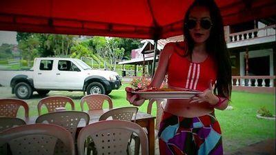 Flaquita colombiana exquisita - Full & HD video http://sh.st/3Esfh - 59 sec