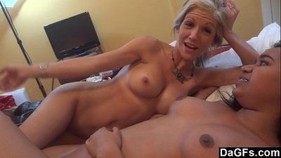 Threesome with petite milf and a hot ass black - 5 min HD