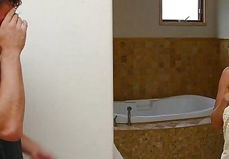 MommyBB I caught my stepmom in the shower!HD