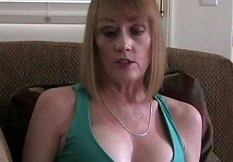 Cumdrinker MILF Amateur Slut