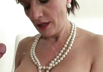 Posh Lady Sonia gets a cumshot - 5 min