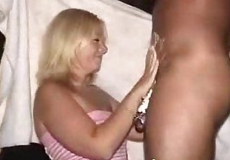 Blow job party boozy hungry milfs