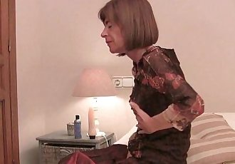 Very skinny granny stretching her tight pussy with a dildo - 5 min HD