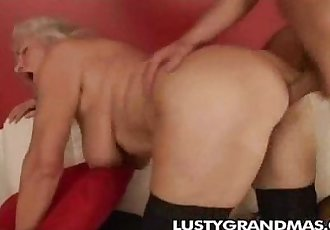 Hard Sex with a Grandma! - 2 min