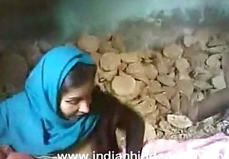 indian couple sex fucking at construction site in mumbai - 2 min