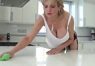 British MILF Sonia wants you to cum all over herHD+