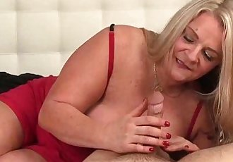 ov40-Huge-titte blonde milf handjobHD