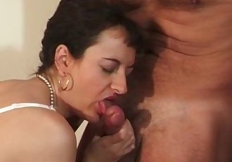 Hot sex and warm facial for nasty ripe brunette