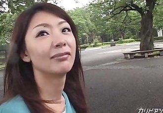 asian milf blowjob at public restroom - 12 min