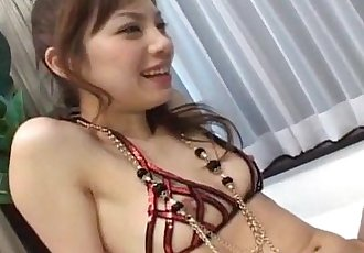 朝日 Miura 淘气 东京 青少年 获取 猫 捣碎 和 手淫 - 10 min