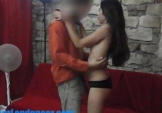 亞洲 青少年 做 與 Lapdance 對于 一個 陌生人 - 6 min