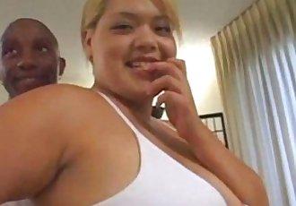 性感的 胖乎乎的 金發女郎 亞洲 英國廣播公司 三人行 與 巨大的 臉部 - abuserporncom - 17 min