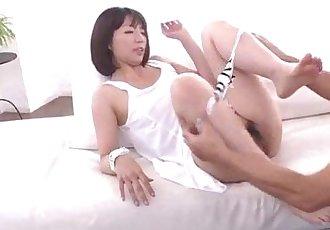 泉 Manaka 性感的 媽媽 的 搞砸 通過 步驟 兒子 - 12 min