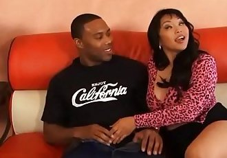blacksruinasianscom 胖乎乎的 亚洲 色情 妓女 他妈的 黑色的 公鸡 - 14 min