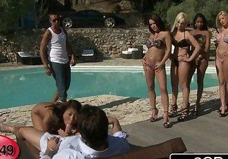 French BJ Roulette Bibi Noel, Blanche, Katia De Lys, Sharon Lee & Shannya Tweeks - 8 min HD