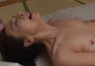 成熟 女人 在 连裤袜 手淫 手淫 她自己 使用 振动器 上 的 M - 8 min
