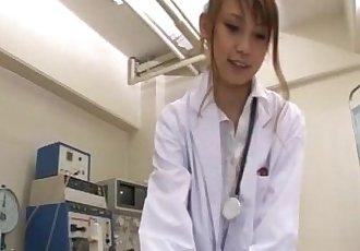 Horny nurse Ebihara Arisa gives her male patient an unusual sexual exam - 5 min