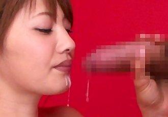美麗的 日本 青少年 表示 口頭 技能 - 8 min hd