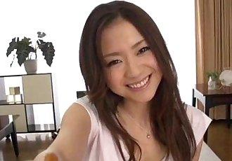 豐滿 美 Mayuka 秋 一流的 pov 色情 顯示 - 12 min