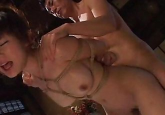 绑 起来 和 她的 获取 她的 泡泡 屁股 搞砸 - 8 min