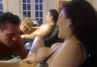 角质 主妇 小组 性爱 是 ?#25353;?#30340;