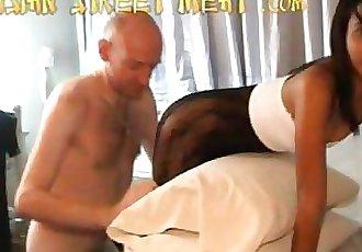 Lovely Thai Girl Piek 1 12 min