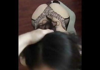 China- Horny Student Kneel gives best Blow Job and Ride 豹纹情趣内衣性奴跪着卖力吃鸡巴..