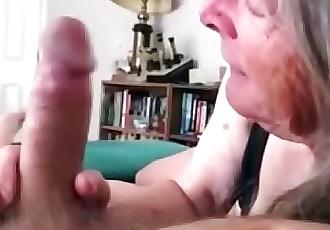 72 année vieux Granny suce et fuckscompilation 38 min