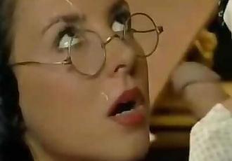 Maria Bellucci - Student Handjob - Mamma 1998