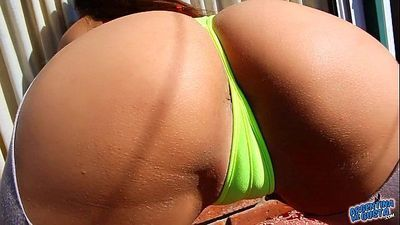 MOST PERFECT ROUND ASS! Drop-Dead Body! Best Latin Babe Ever - 1 min 7 sec HD