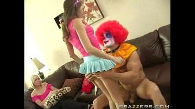 Teen Sucks a Clown! - 3 min