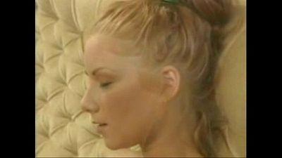 Julia Taylor en su primer casting porno - 7 min