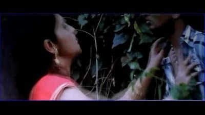 Desi college girl seducing young boy in park saree strip with telugu audio - 2 min