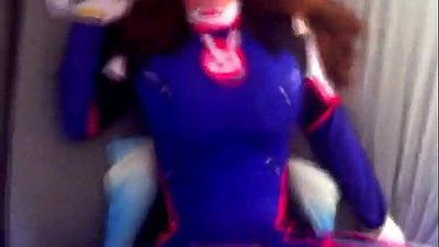 D.va from Overwatch gets fucked FULL VIDEO HERE: http://riffhold.com/1Wp6 - 1 min 44 sec