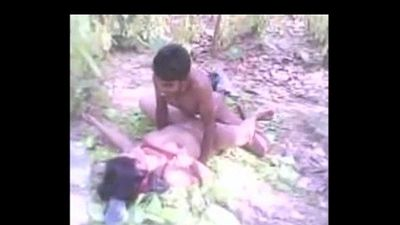 Bangla village girl fucked in woods more at www.gspothub.com-8 - 3 min