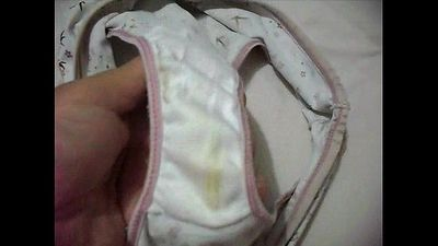 Showing Marya´s dirty panties 006 - 57 sec