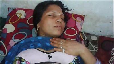 Indian bhabhi - 1 min 14 sec