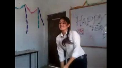 Indian girl dance in college - 2 min