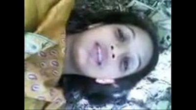 Cute Indian girl fucked in open - lovely smile - 6 min