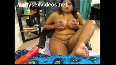 desi aunty sex video -More aunty sex at - 9 min