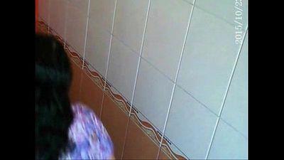 Mysore Bhabhi Bathing Secretely Captured - 3 min