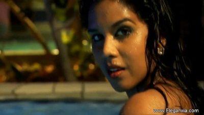 Dance For Me Bolly Girl - 11 min HD