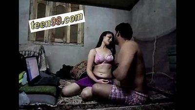 Indian Cute Teen Village Girl Homemade romantic Scandal - www.teen99.com - 10 min