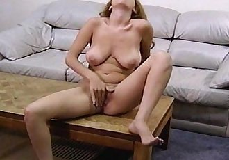 Real Life Anateur Busty Babe