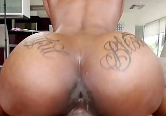 Black Girl Sarah Banks Gets Nailed by a Large Penis